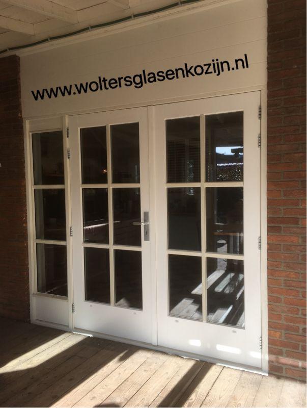 Hardhouten puien met HR++ isolatieglas geleverd en geplaatst te Amersfoort.