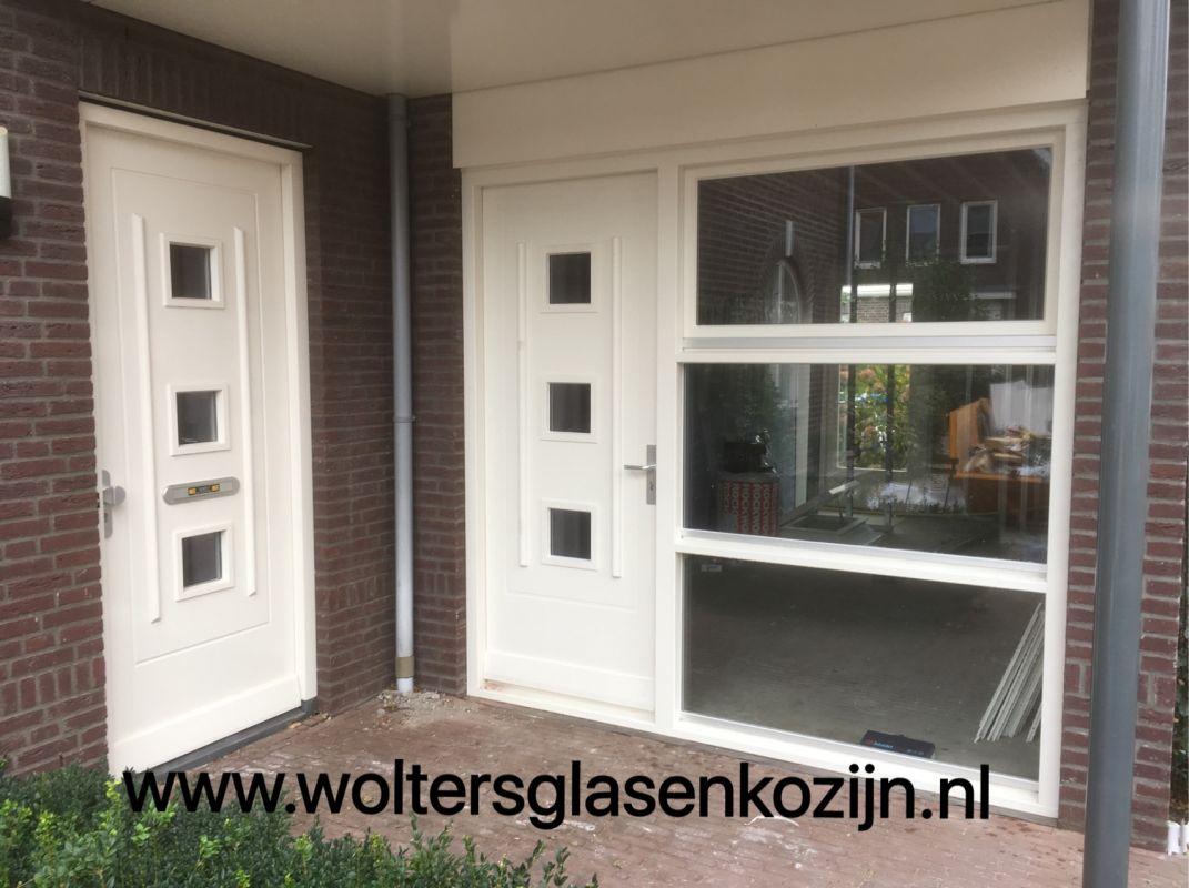 Van garagedeur tot luxe kantoor te Hooglanderveen